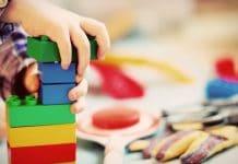 Quels sont les types de jeux adaptés aux enfants de 1 à 5 ans?