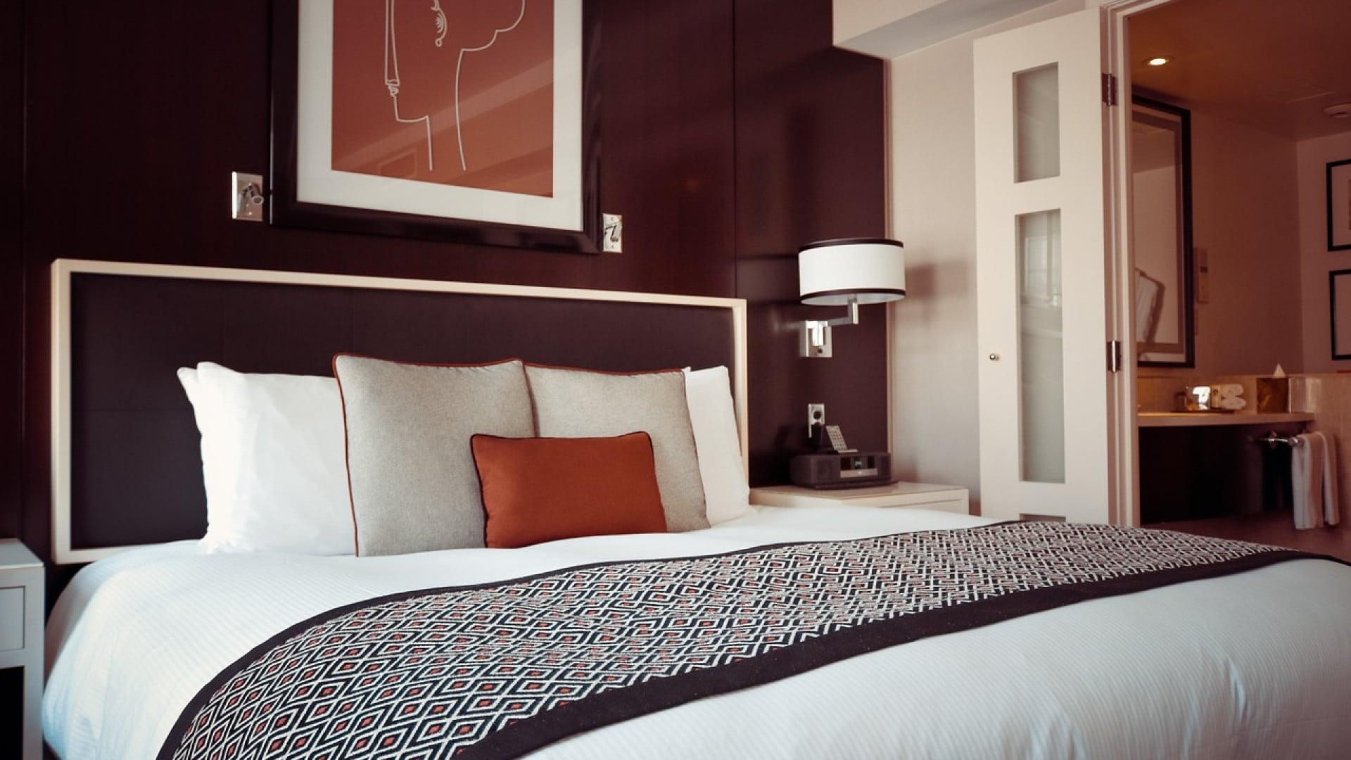 Comment décorer une chambre à coucher d'adulte ?